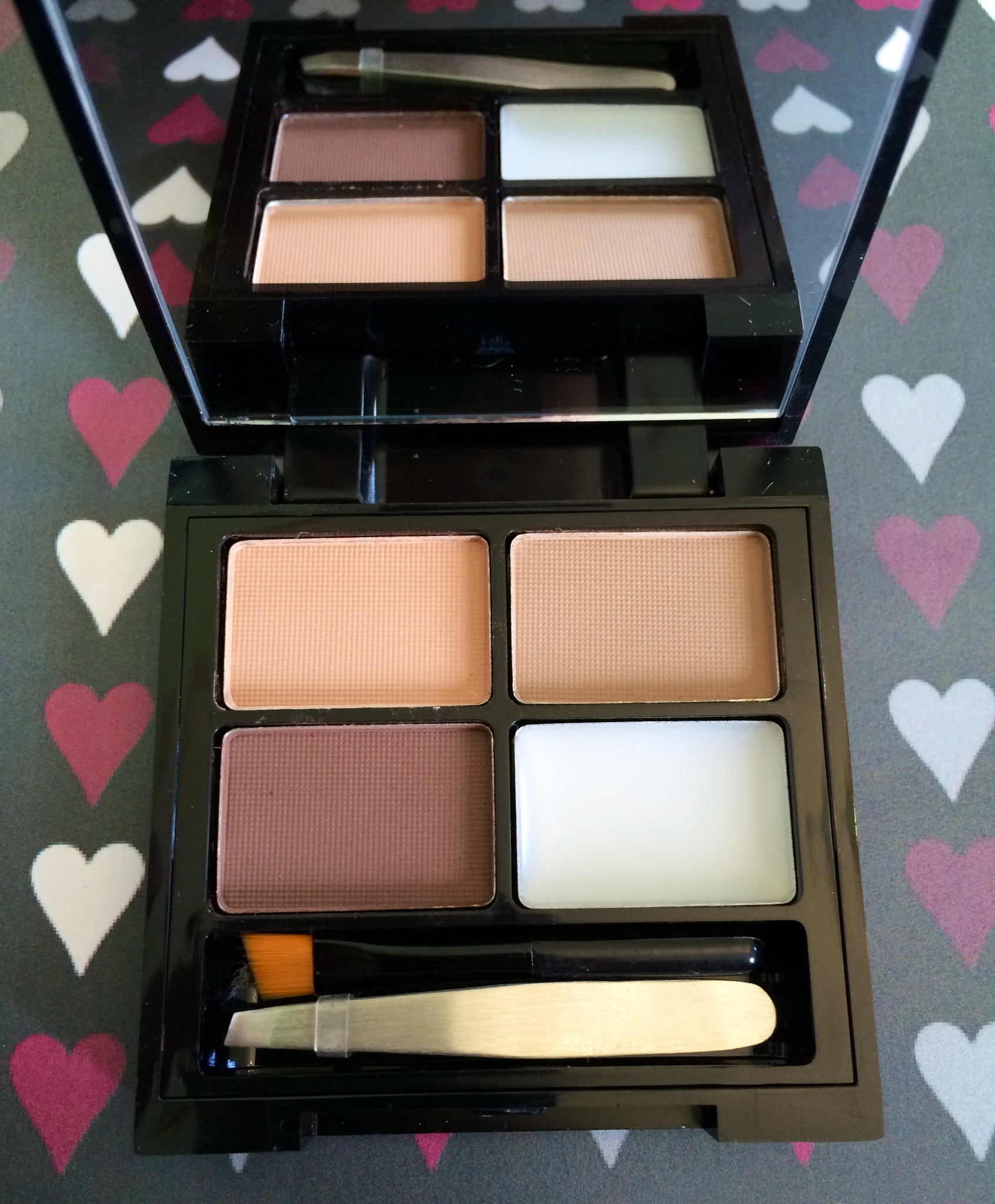 Makeup revolution eyebrow kit